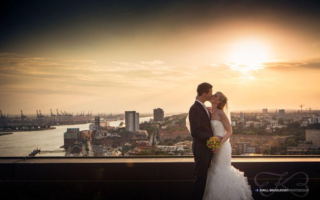 Hochzeitsfotos Über die Wolken in Hamburg