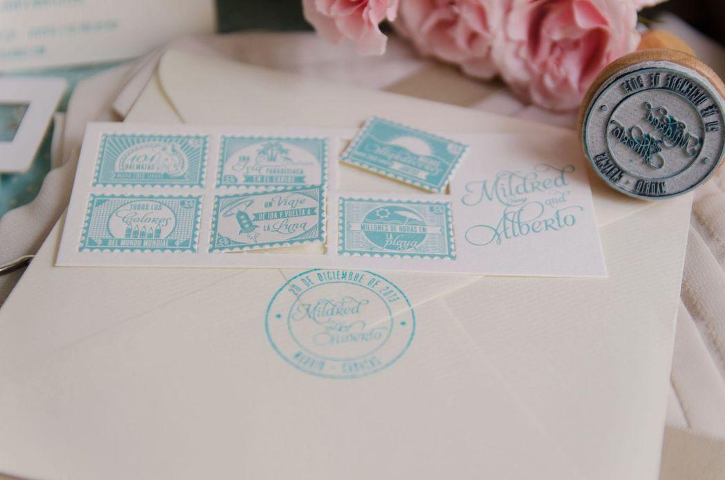 Detalle sello caucho - Invitación vintage mint personalizada e impresa en letterpress.
