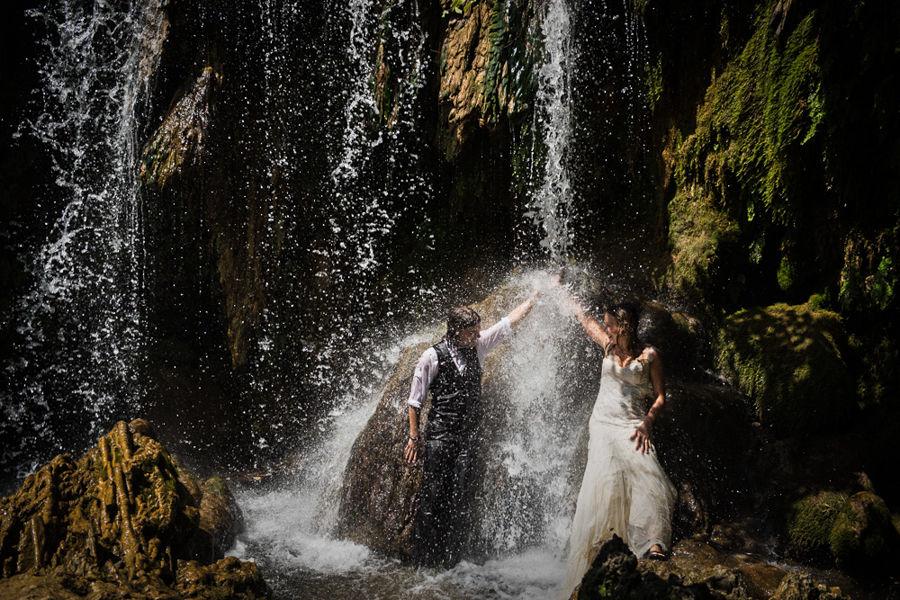 fotógrafo post-boda cascada Girona