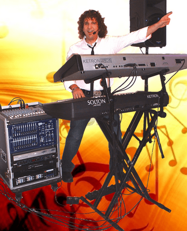 Beispiel: Alleinunterhalter, Foto: King Music - Sandro Hoffmann.