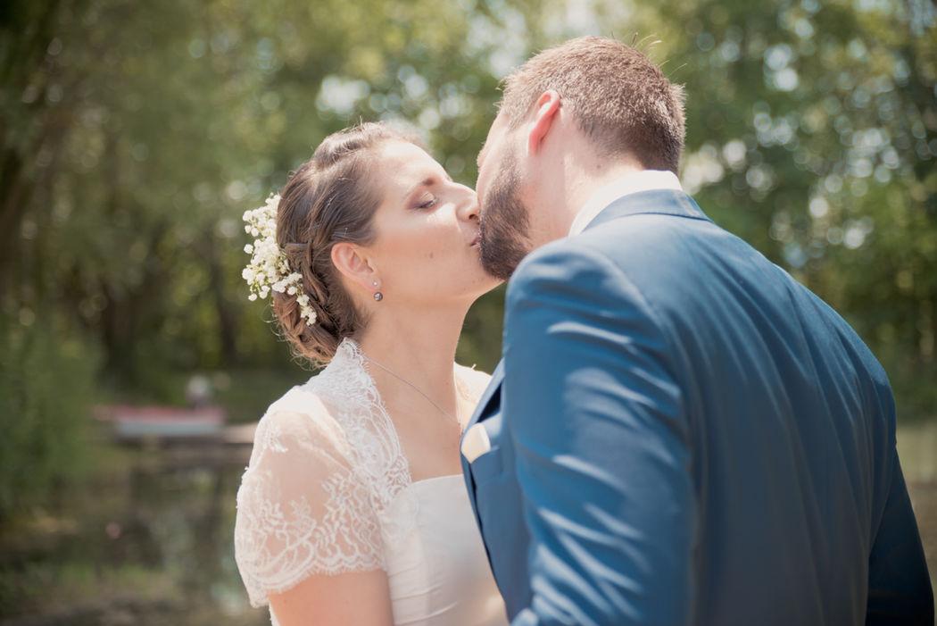 Reportage photo de mariage au Domaine de Grand Lauron à Cadenet, dans le Vaucluse (PACA) - Brin de Photographie