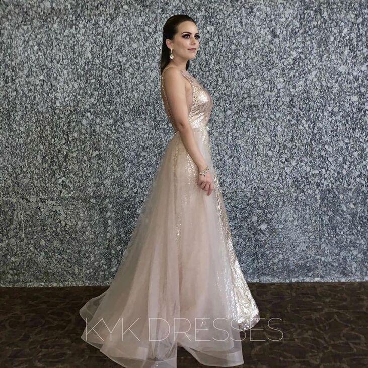 KYK Dresses - Renta de Vestidos