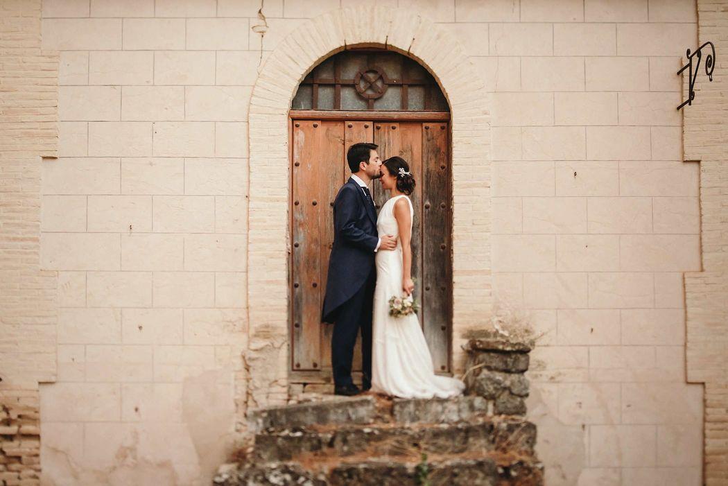 Novios en Cortijo el día de su boda. Cazorla