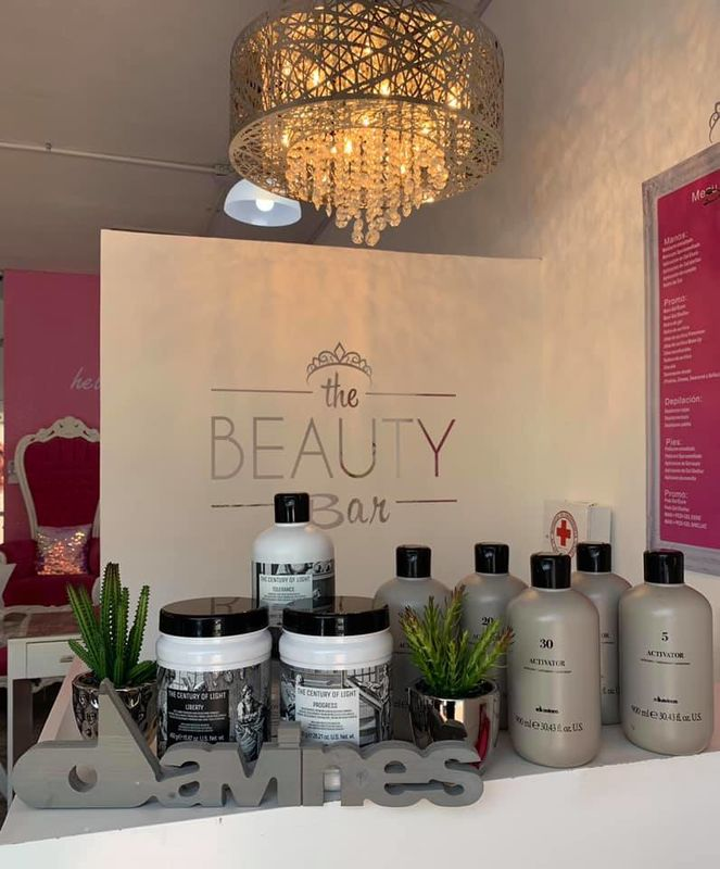 The Beauty Bar Make-up