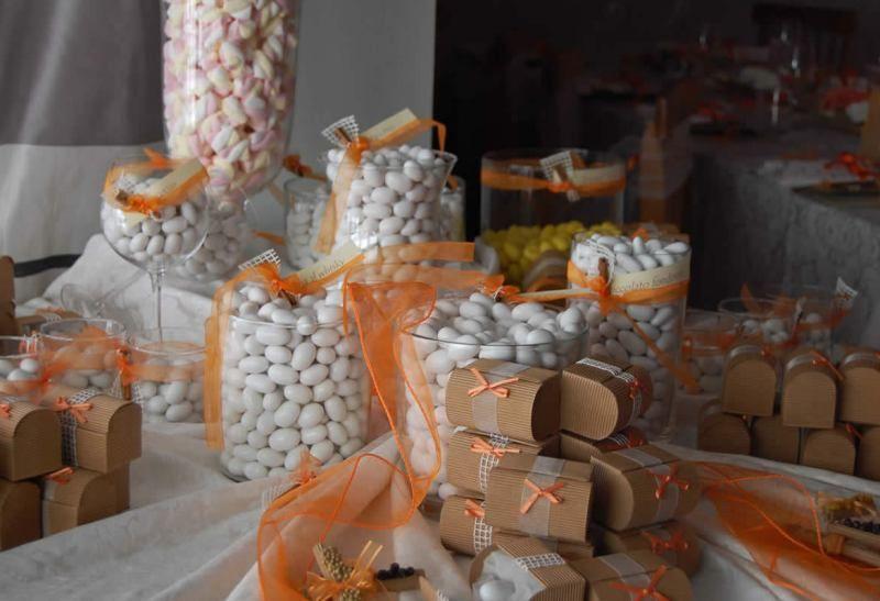 I confetti e bomboniere per gli ospiti