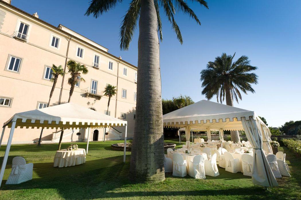 Park Hotel Villa Grazioli: Allestimento pranzo nel giardino pensile