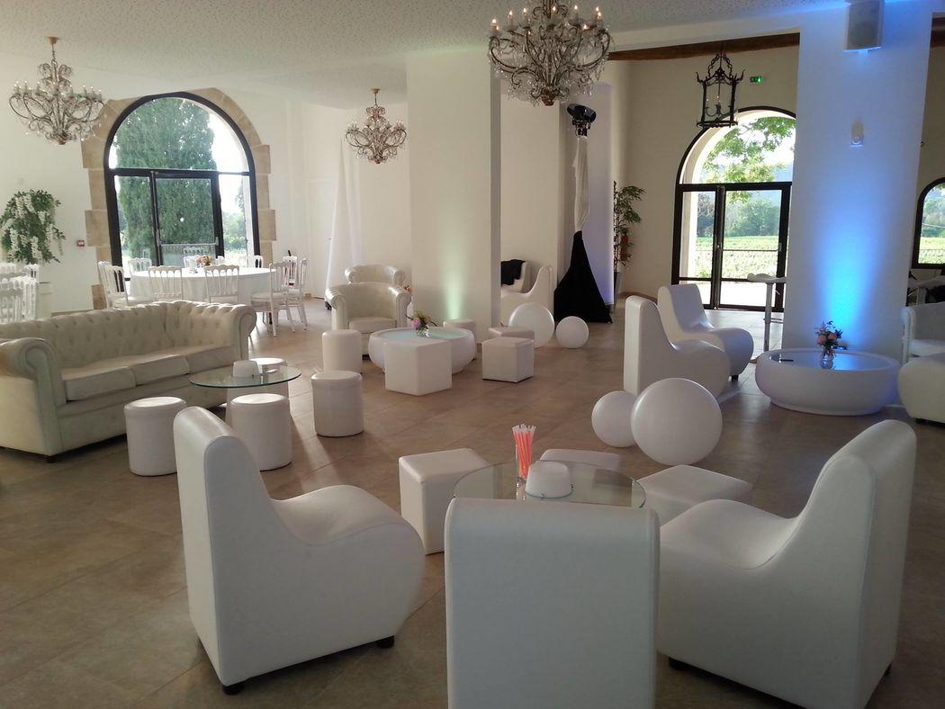 espace lounge dans la salle possible
