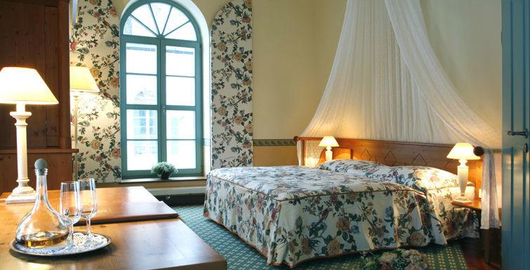 Beispiel: Zimmer, Foto: Schlosshotel Pillnitz.