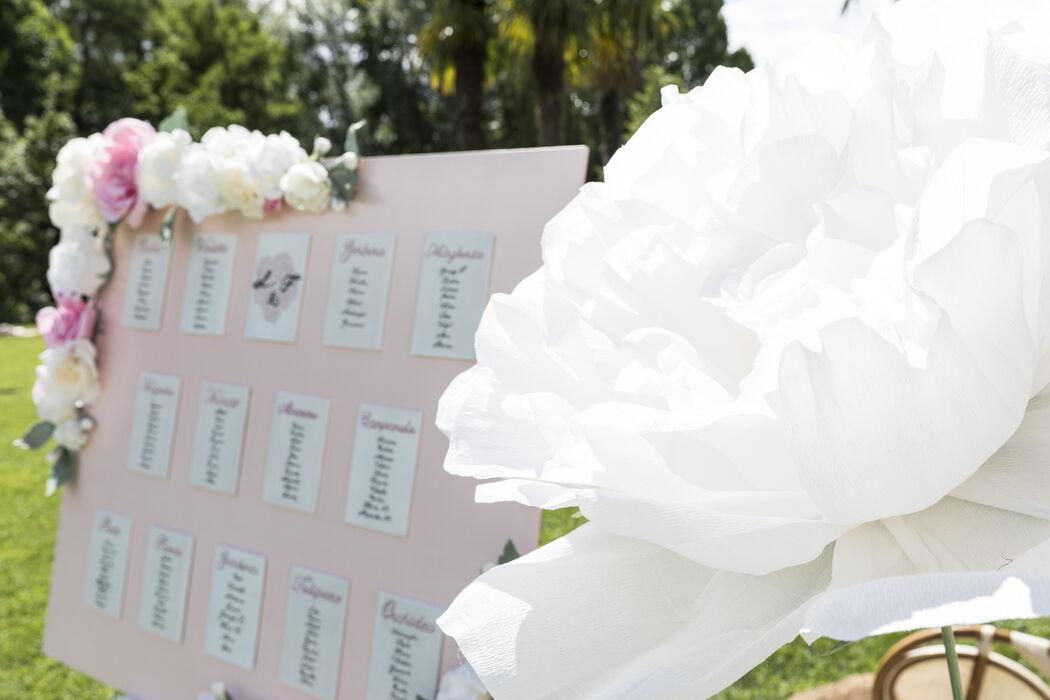 Flowers wedding theme