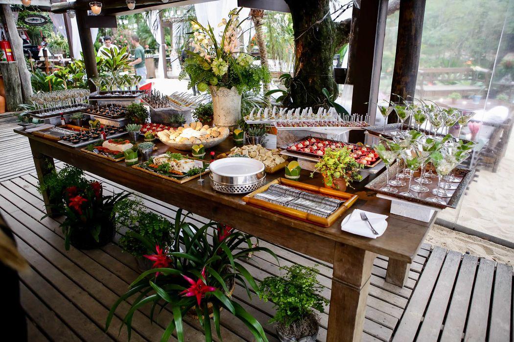 Ilha Gastronômica para Eventos na Praia por Expresso Gourmet