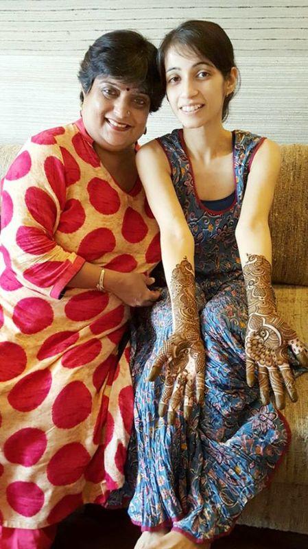 Veena Nagda Mehndi Artist | Mehndi Artists