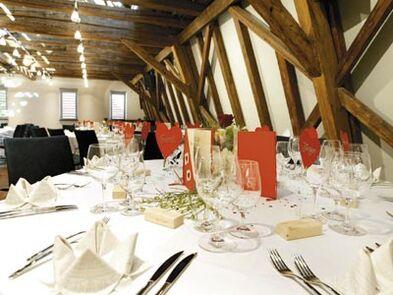 Beispiel: Hochzeitsgedeck, Foto: Buhlsche Mühle.