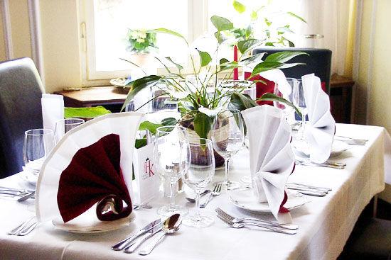 Beispiel: Kreative Tischdekorationen, Foto: Landhaus Hubertus.