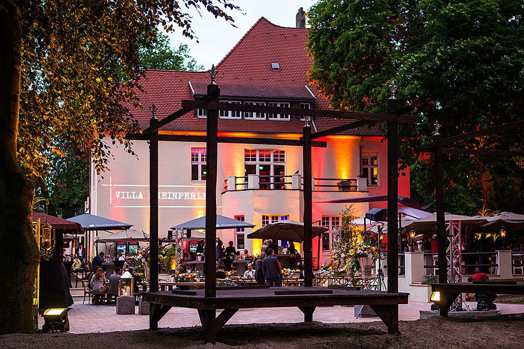 Beispiel: Villenpark - Terrasse, Foto: Villa Rheinperle.