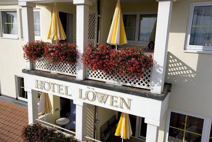 Beispiel: Eingang, Foto: AKZENT Hotel Löwen.