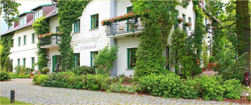 Beispiel: Außenansicht, Foto: Landgasthof Zum Mühlenteich.