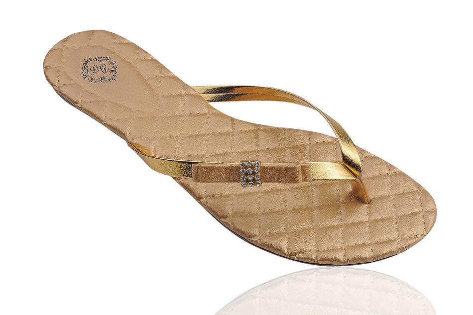 Slim Fashion Dourada Laço Chanel com Miolo de Strass