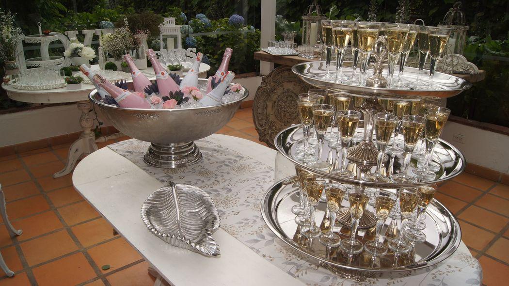 Mesa champaña