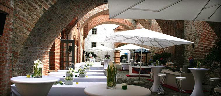 Beispiel: Dekoration und Service für Ihre Hochzeitsfeier, Foto: Das exklusive Buffet.