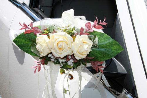 Beispiel: Blumenschmuck, Foto: Limousinen Service Germany.
