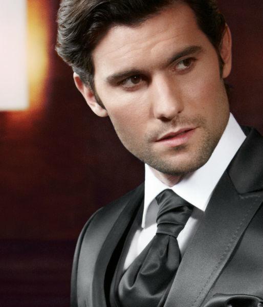 Beispiel: Prestige-Anzug für den Bräutigam, Foto: ANZUGKULTUR.