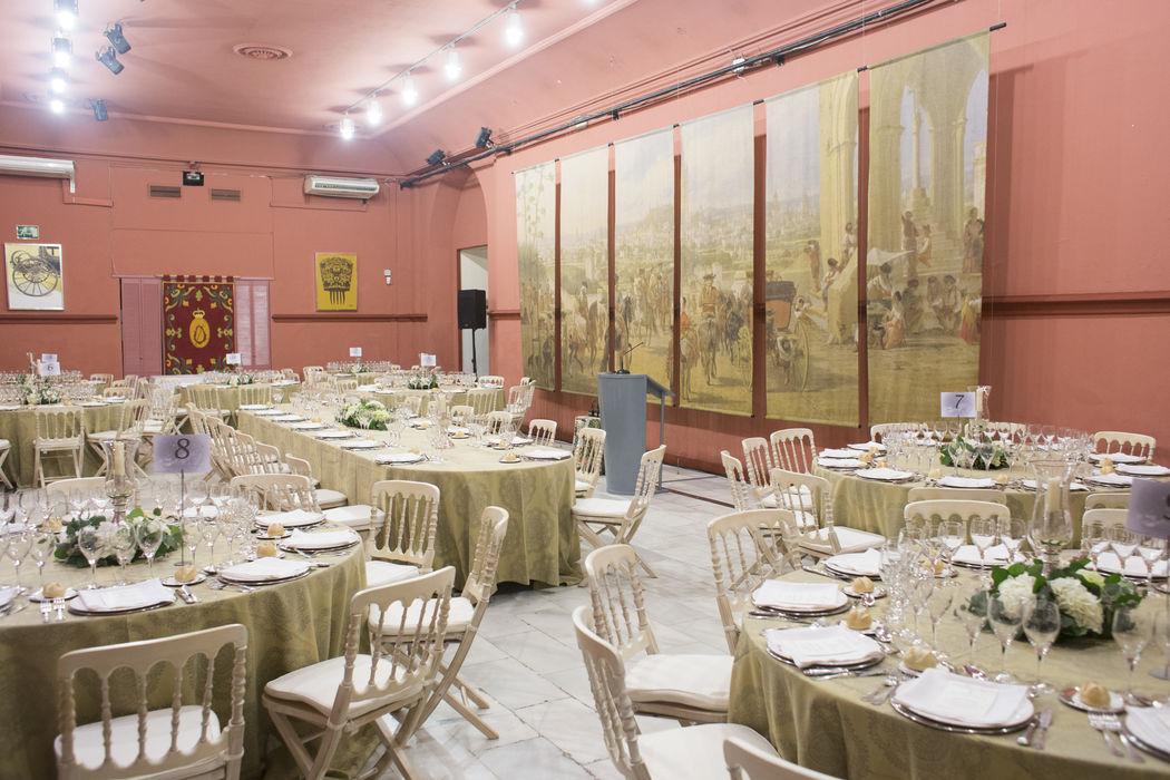 Banquete almuerzo en Salón Rojo