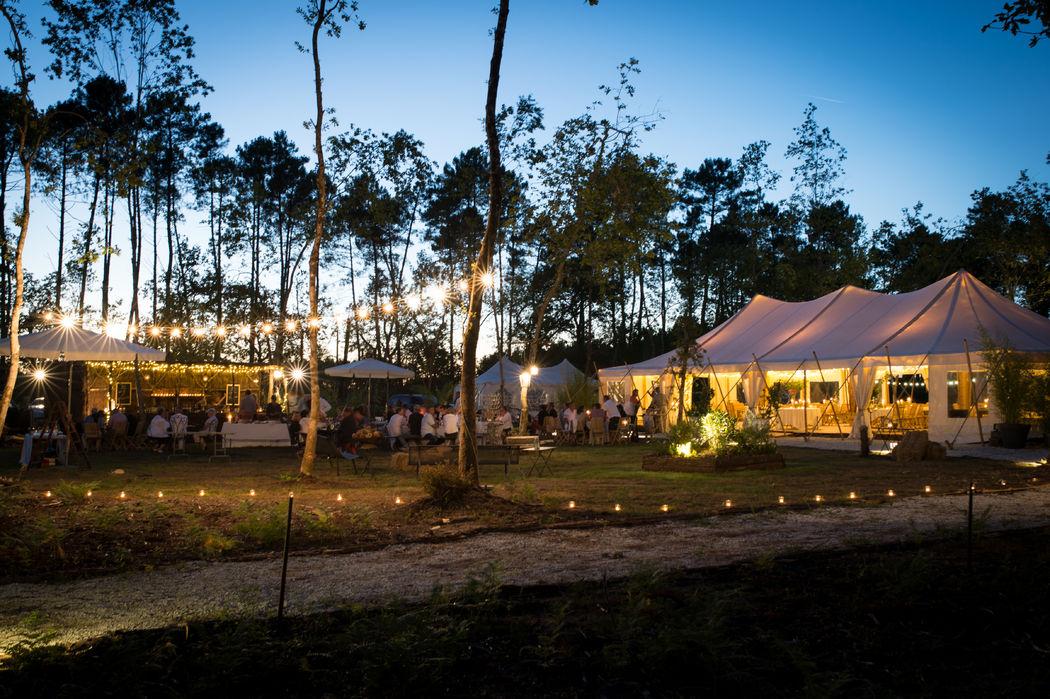 Domaine de Petiosse - Vue de nuit de l'airial de réception  © Alexandra Pottier