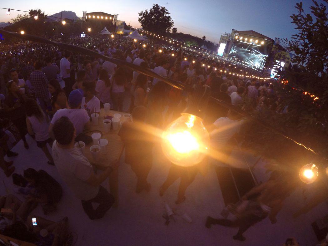 Luces en Festival de musica Hellowfest