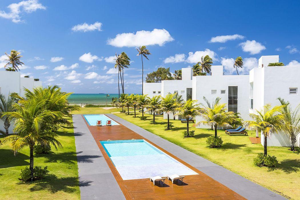 B Blue Beachouses