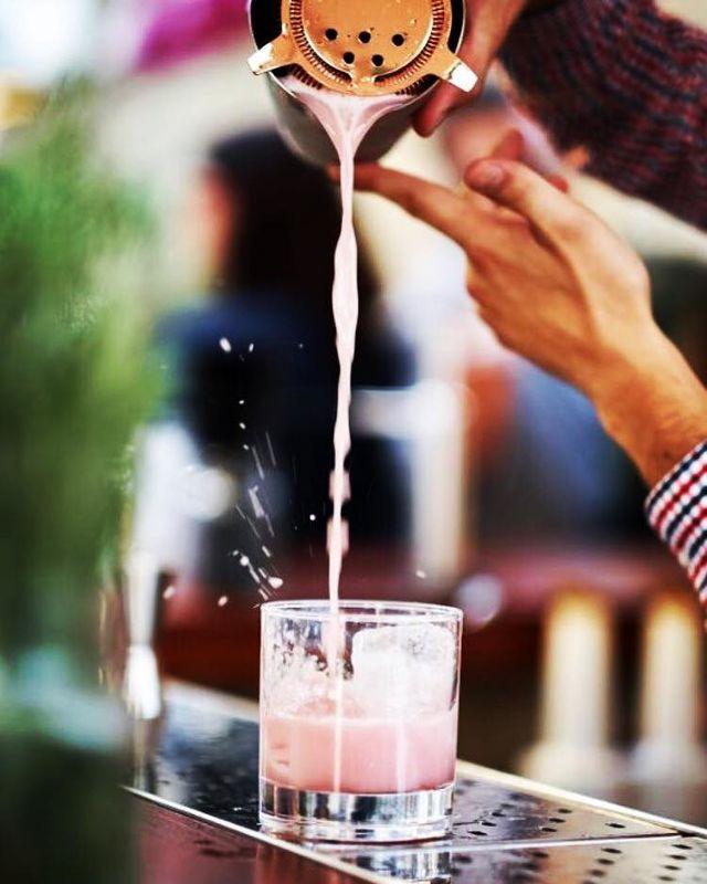 Cocktail Time By Gerard Ruiz