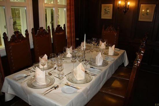Beispiel: Rustikales Flair im Restaurant, Foto: Parkrestaurant Alte Mühle.