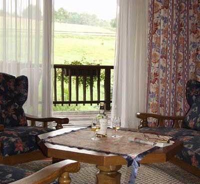 Beispiel: Gästezimmer, Foto: AKZENT Aggertalhotel Zur alten Linde.