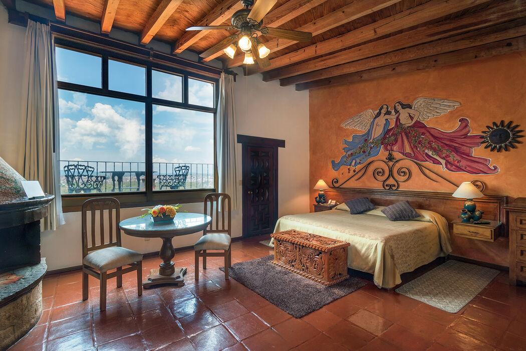 Villa San Jose Hotel & Suites