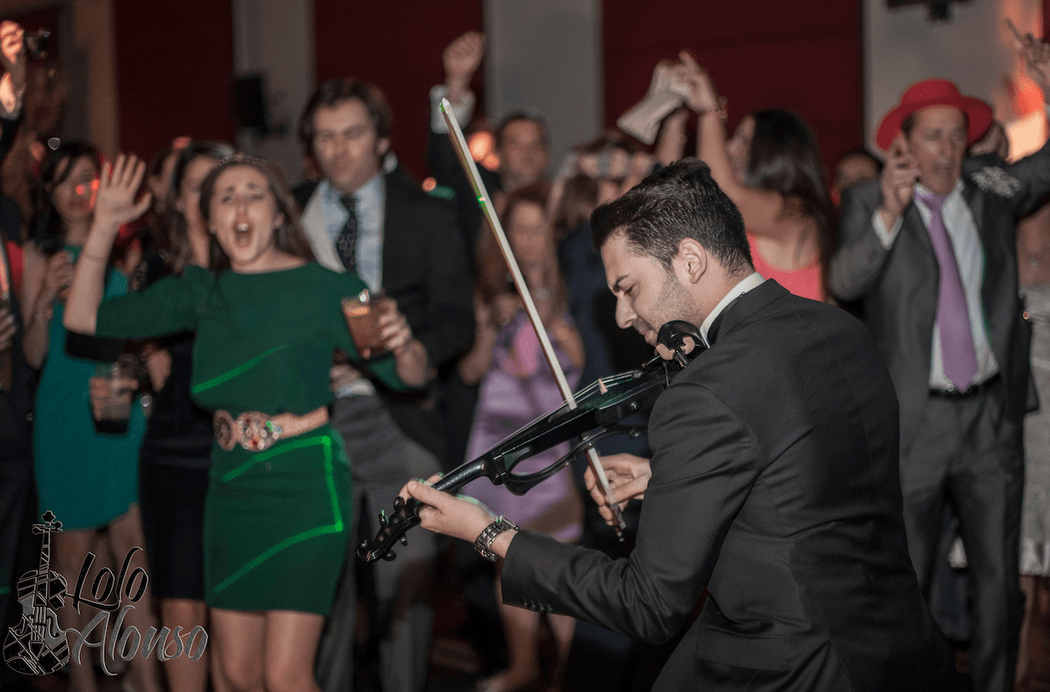 Lolo Alonso Violin House / Live Act /
