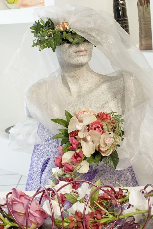 Beispiel: Brautfloristik, Foto: Durch die Blume.