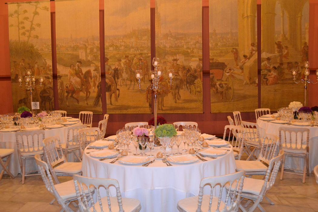 Detalle candelabros banquete Salón Rojo