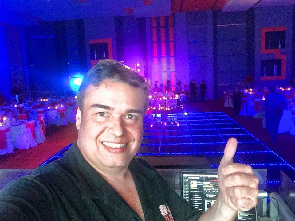 DJ Cesar Cosio