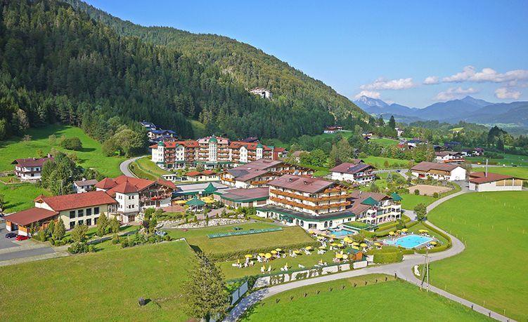Das Hotel Seehof im Sommer