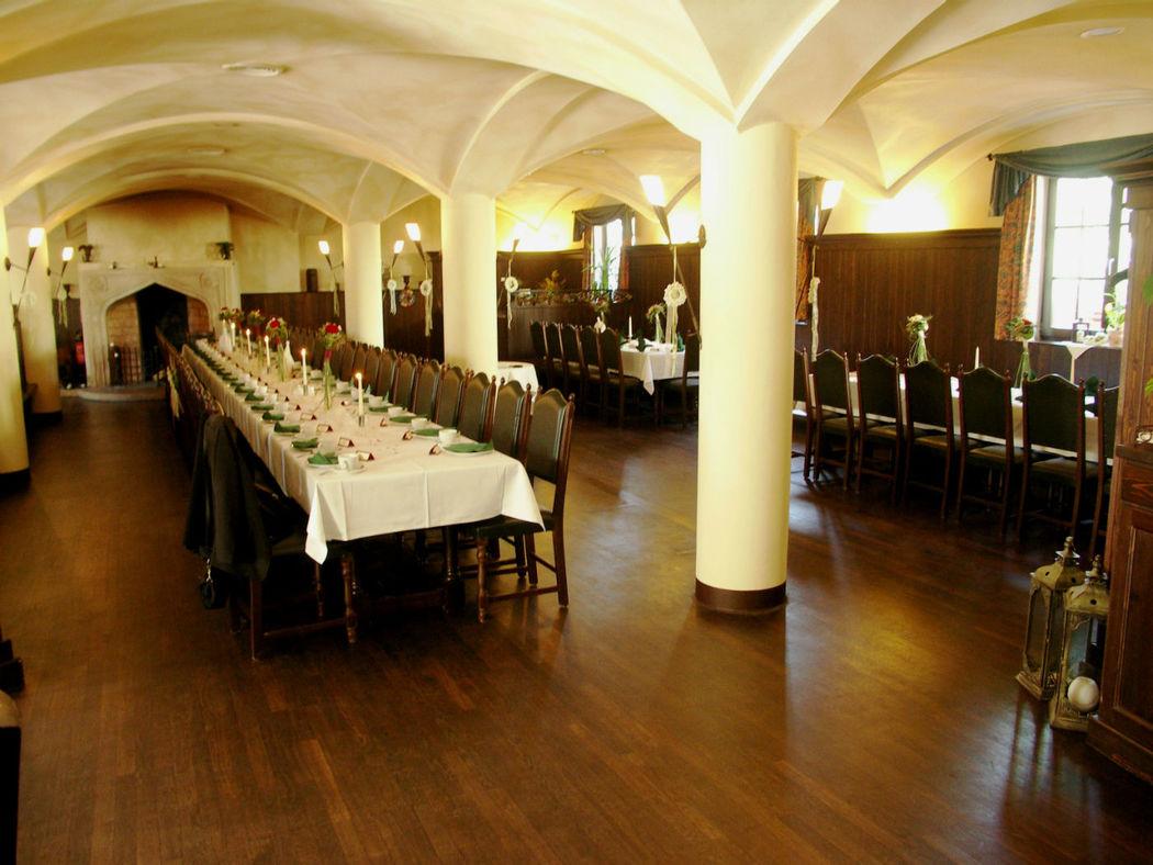 Beispiel: Hochzeitstafel, Foto: Hotel Restaurant Klosterhof.