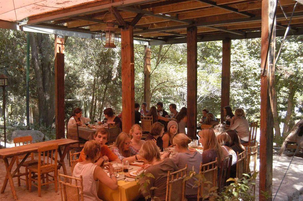 Shangri la Lodge