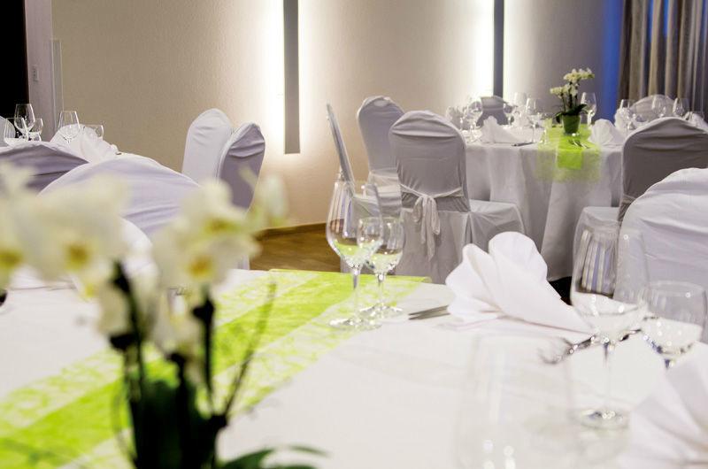 Beispiel: Bankett - Tischdekoration, Foto: Hotel Begardenhof.
