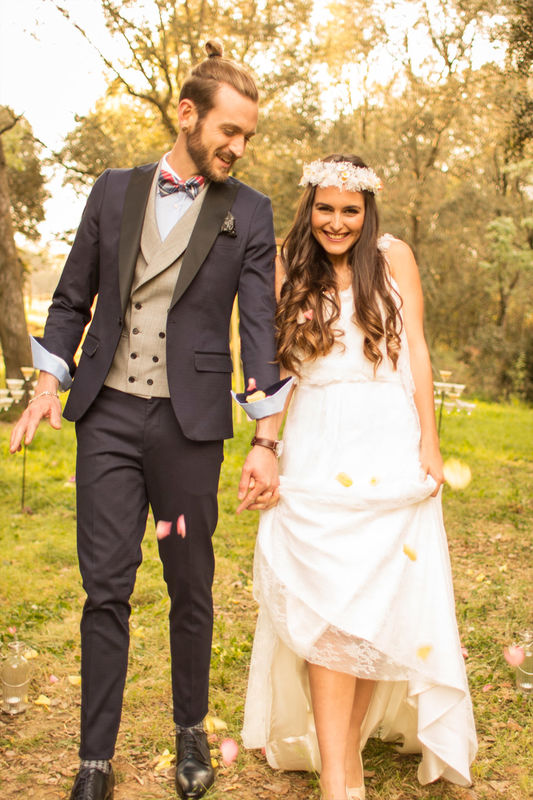 Look de boda rústica.