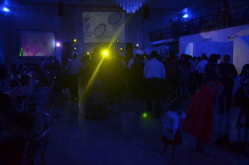 Disfruta del mejor ambiente y atención personalizada en tu boda - Foto Villa Mont Eventos