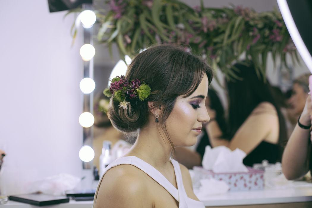 Naara Studio Make Up