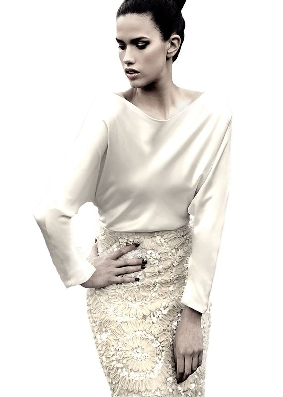 Mauritus wedding dress designed by Chenca for Ritva Westenius.