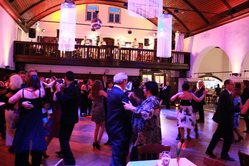 Beispiel: Tanzfläche, Foto: dance maxX Roth.