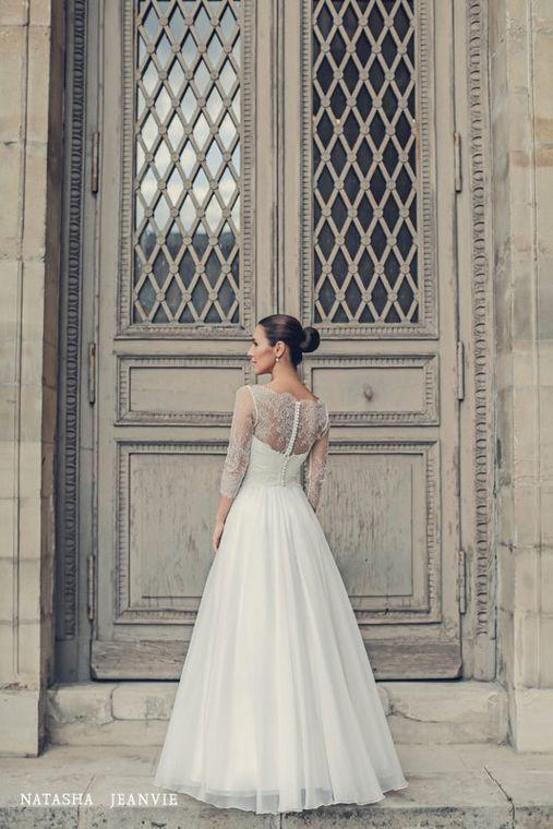 Robe de mariée princesse dentelle de calais-caudry | Collection 2017 | Veronika Jeanvie