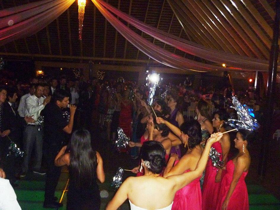 Foro Cinco Show, música en vivo para tu boda en Guadalajara