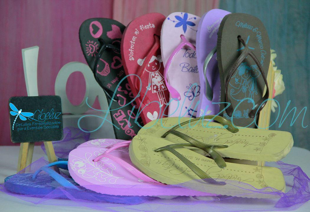 Sandalias con suela a color