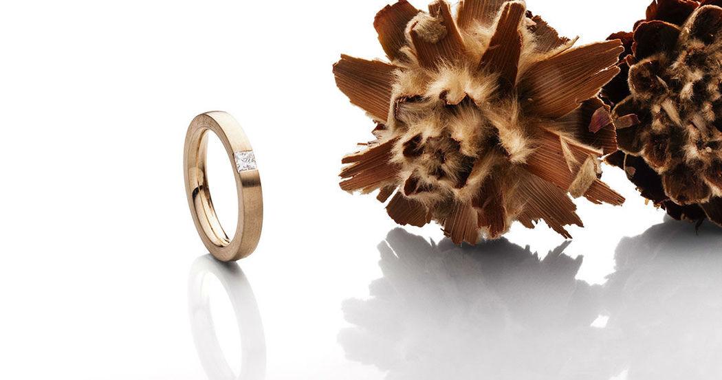 Beispiel: Verlobungsring - Roségold mit Diamant, Foto: SchmuckGut.